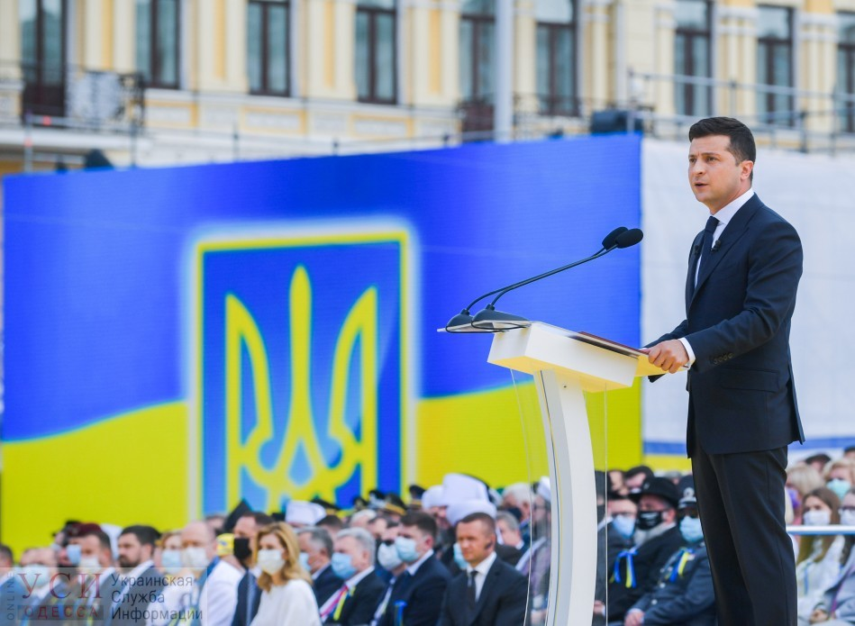 Зеленский наградил главврача главной больницы по борьбе с коронавирусом в Одессе и депутата из Черноморска «фото»