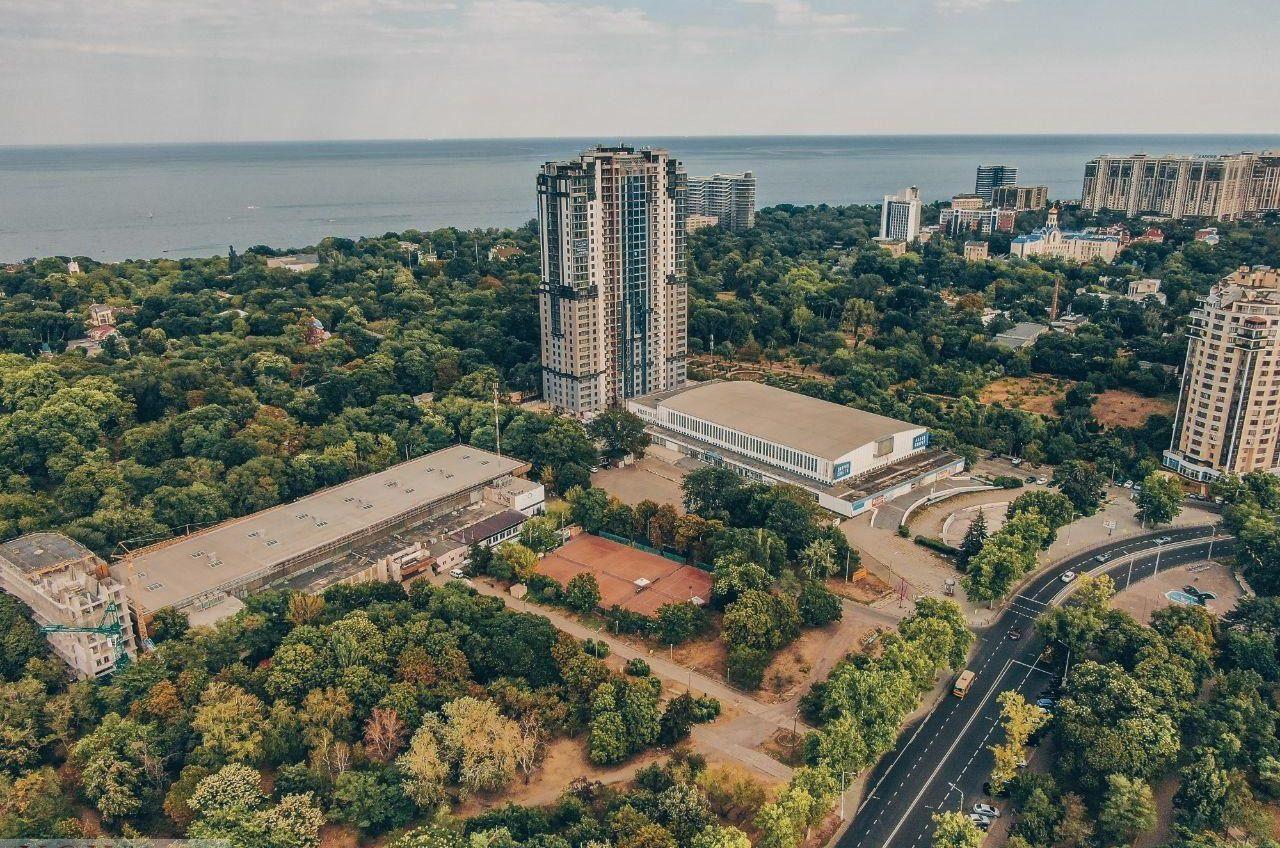 Одесский облсовет «узаконил» высотку за Дворцом спорта, строительство которой остановил суд «фото»