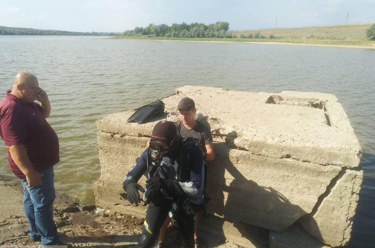 Пошел в магазин и утонул в пруду: в Одесской области нашли тело 8-летнего мальчика (фото) «фото»