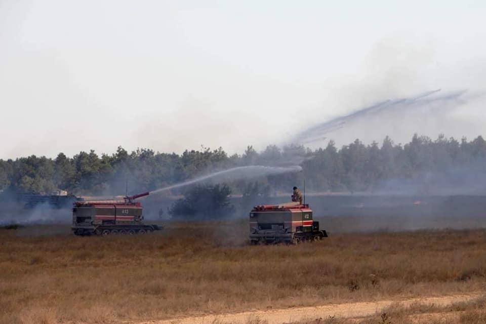 Во время стрельб на военном полигоне загорелся сухостой «фото»