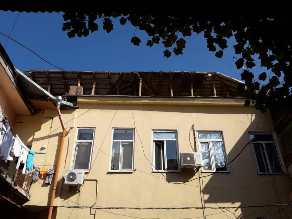 Собственник дома в центре Одессы решил через «черных регистраторов» достроить лишний этаж «фото»
