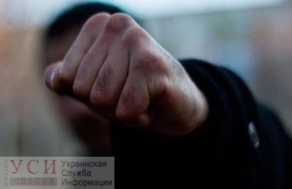 В Одессе пьяный водитель избил полицейского «фото»