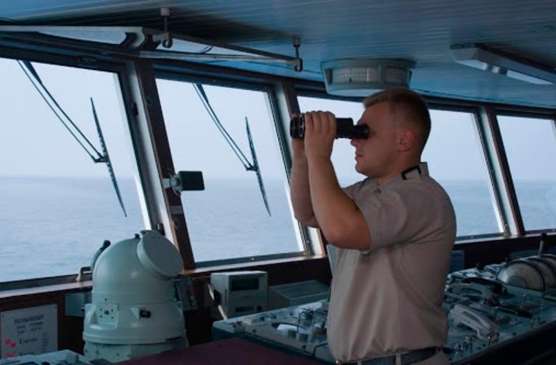 Украина попросила ІМО продлить действие документов моряков, которые «застряли» в рейсах из-за COVID-19 «фото»