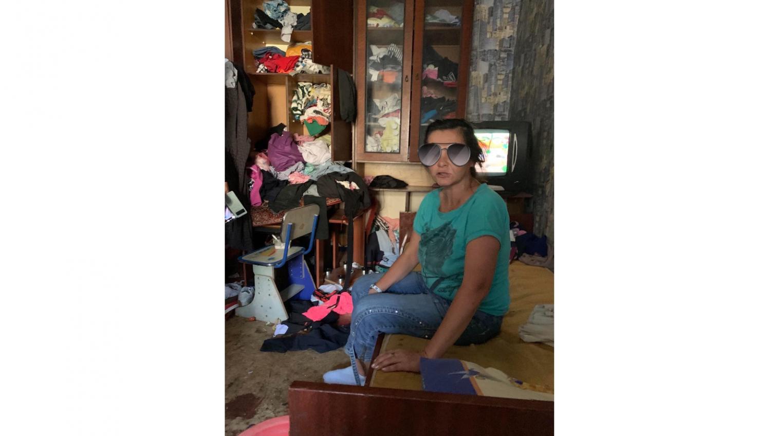 Бардак и антисанитария: в Одессе у пьющих родителей забрали двоих детей (фото) «фото»
