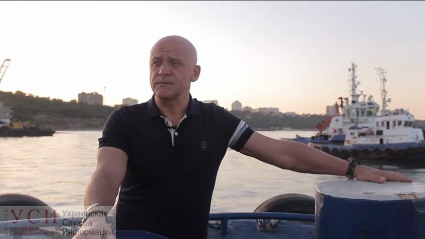 Поднять танкер или рейтинг: министр Криклий возмутился саморекламе Труханова, который пиарится на подъеме Delfi(видео) «фото»