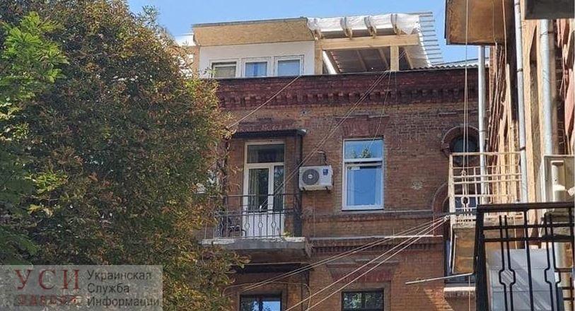 На втором доме Руссова одессит построил «курятник» «фото»