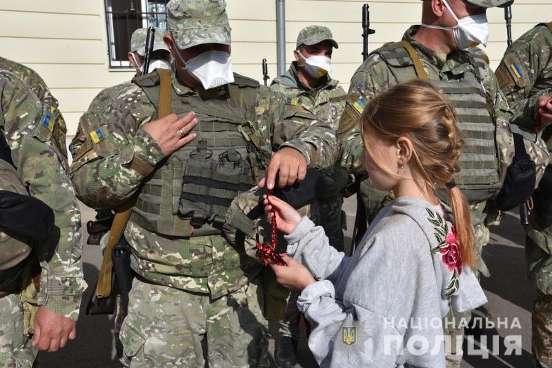 Одесские полицейские отправились на Донбасс (фото, видео) «фото»