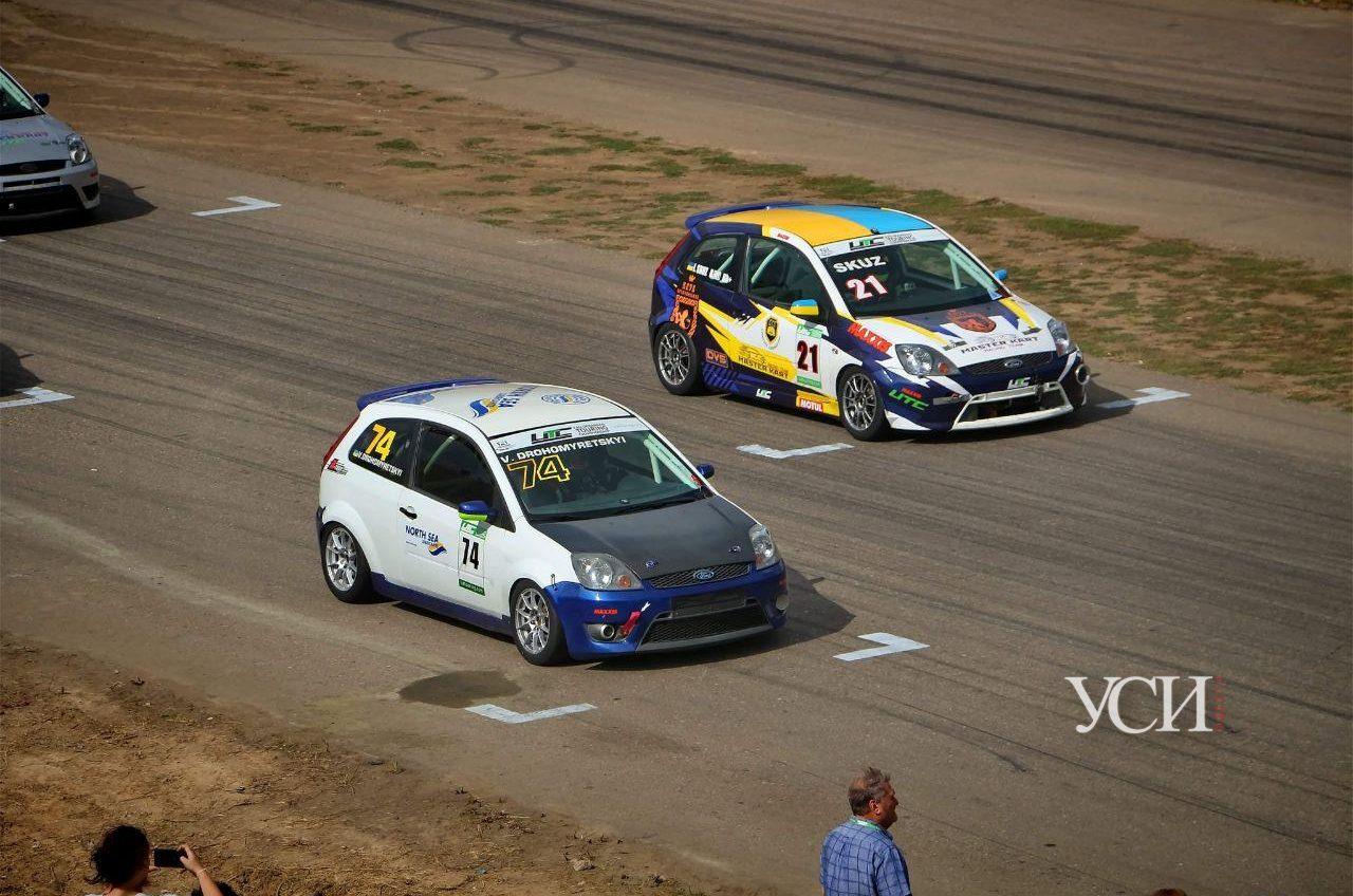 Под Одессой проходят 2 этапа Чемпионата Украины по кольцевым гонкам (фото) «фото»