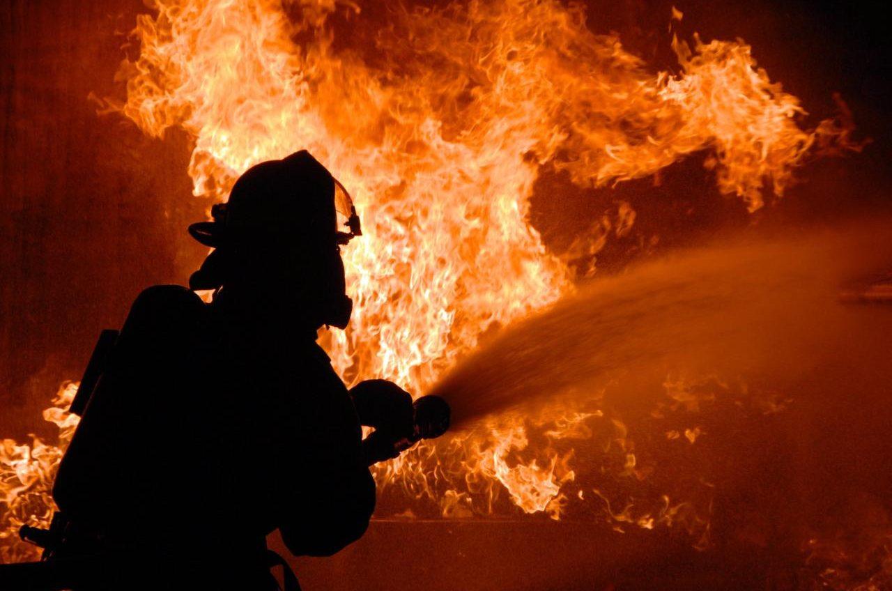 В Одесской области горела база отдыха: погиб мужчина «фото»