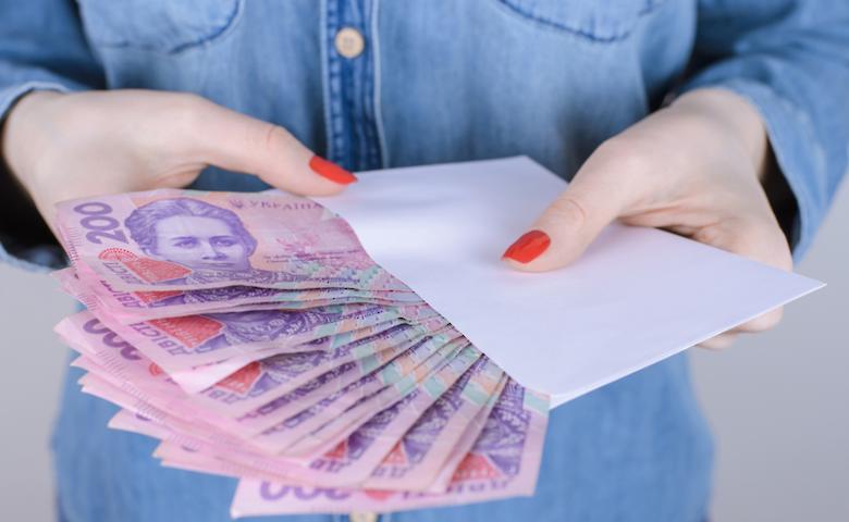 Скрыла жилье: в Одессе мошенница незаконно получила от государства 100 тысяч «фото»