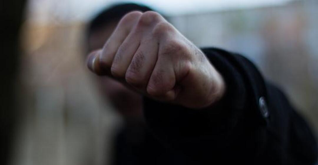 Попытка расправы: в Одессе напали и едва не задушили юриста кандидата в мэры «фото»