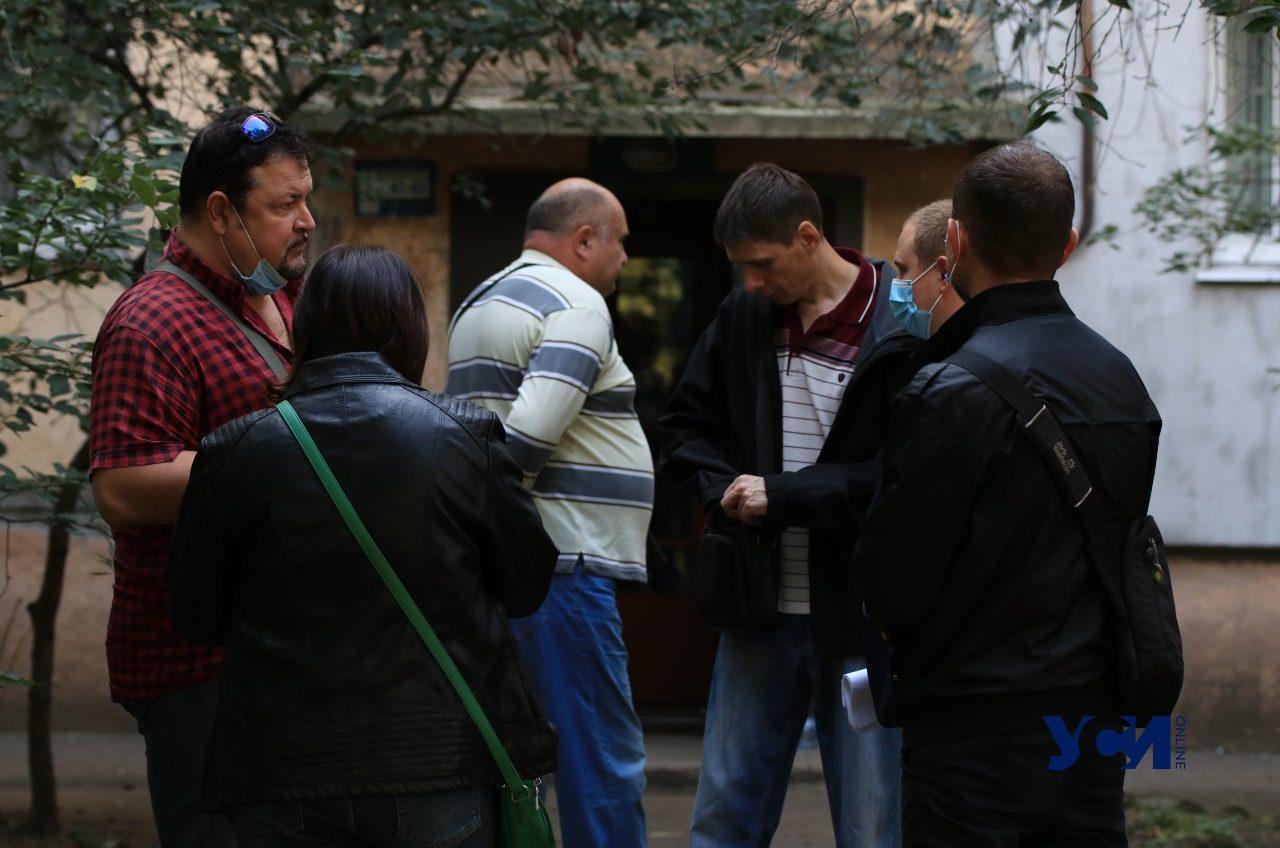 В Одессе банк пытается выселить семью с двумя детьми за долги «фото»