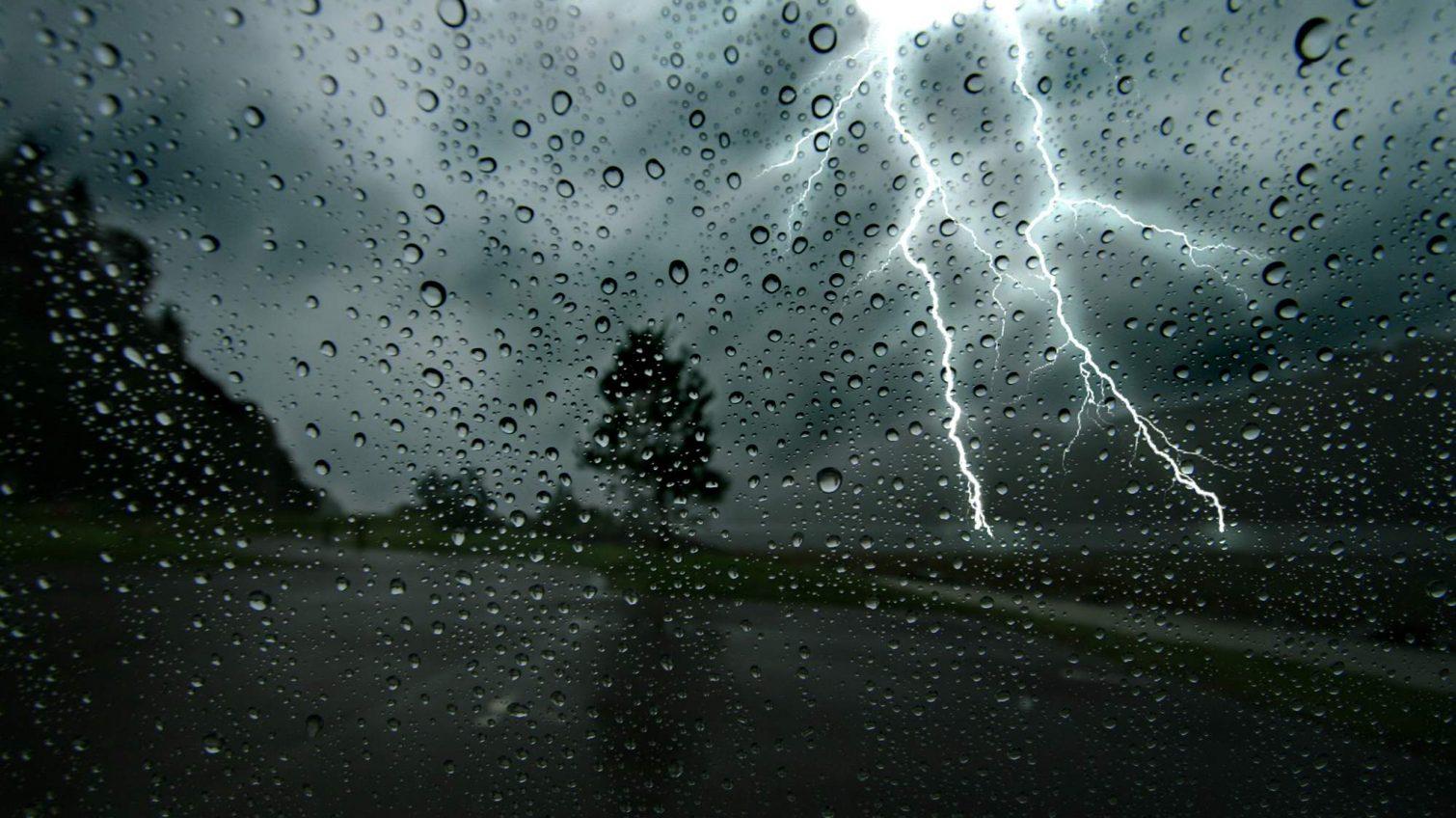 Непогода в Одесской области обесточила более 80 населенных пунктов «фото»