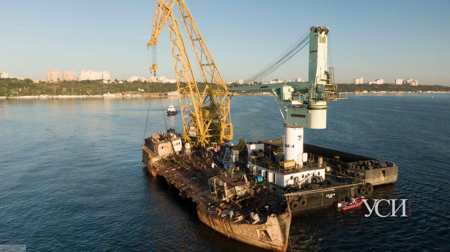 На собственника танкера Delfi забыли выписать протокол и теперь он «вышел сухим из воды» «фото»
