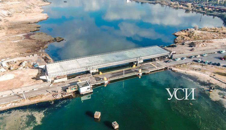 Строители «золотого» моста через Сухой лиман не пускают аудиторов на проверку: за дело взялась полиция «фото»