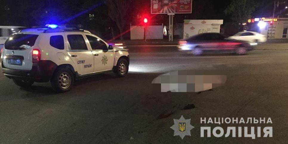 Под Одессой грузовик сбил насмерть пешехода 📷 «фото»