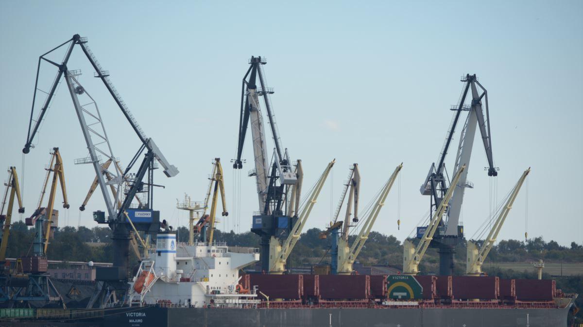 11 чиновников порта «Южный» подозревают в присвоении 47,5 миллионов «фото»