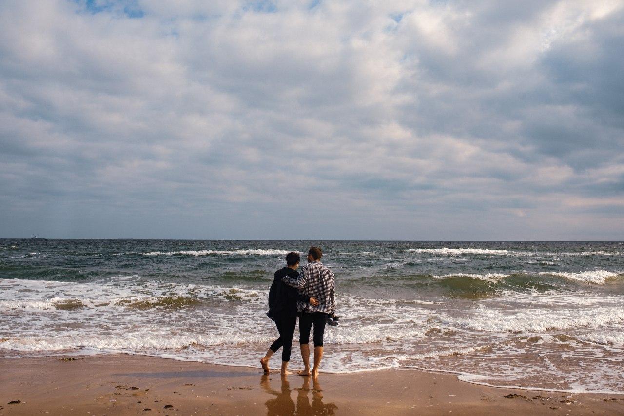 Пустынные пляжи и желтые листья: осеннее море в объективе УСИ (фото, видео) «фото»