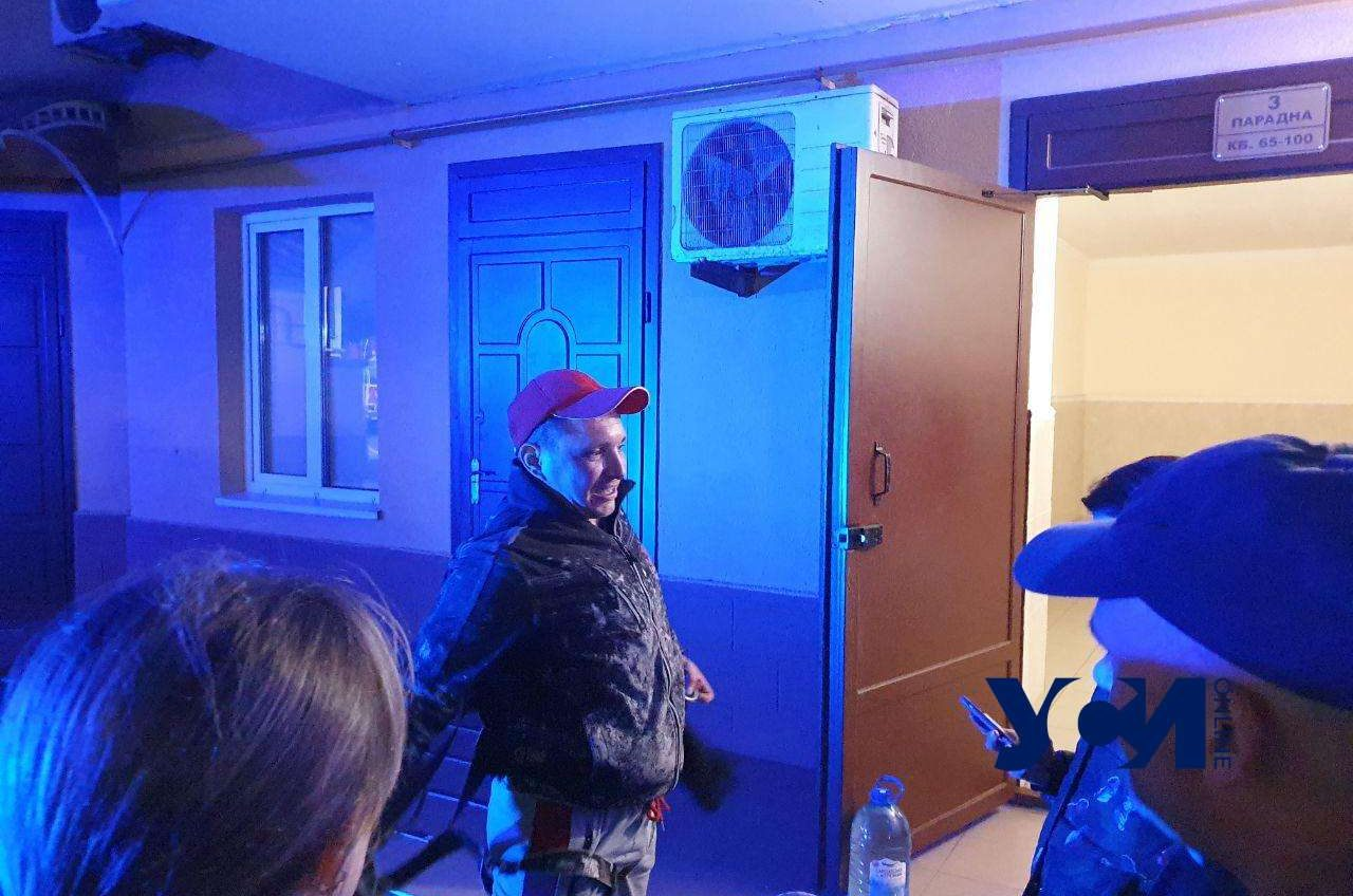 В Одессе спасли женщину-самоубийцу после шести часов уговоров (фото, видео) Обновляется «фото»