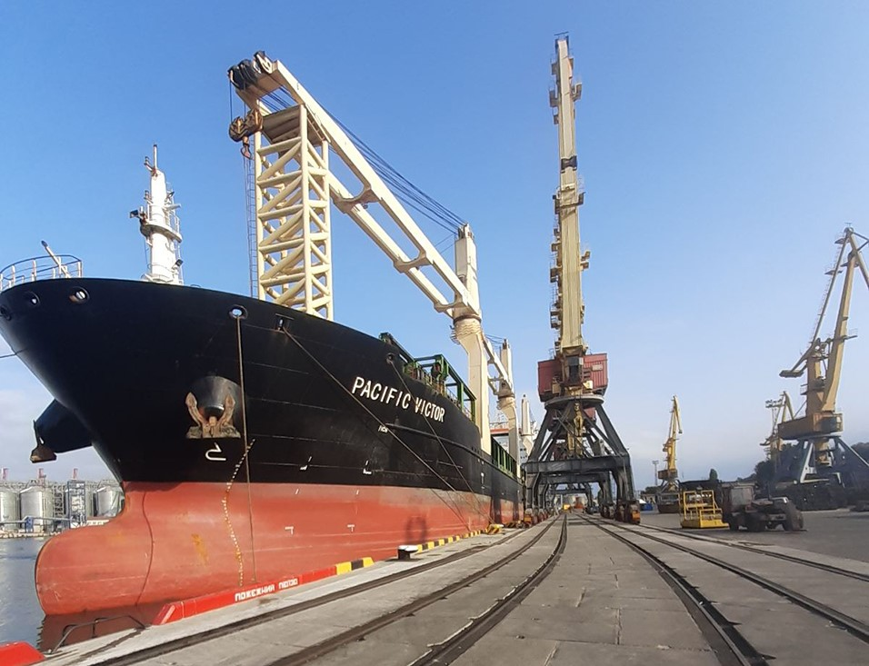 Ремонт на миллиард: реконструированный причал в Одесском порту принял первое судно (фото) «фото»