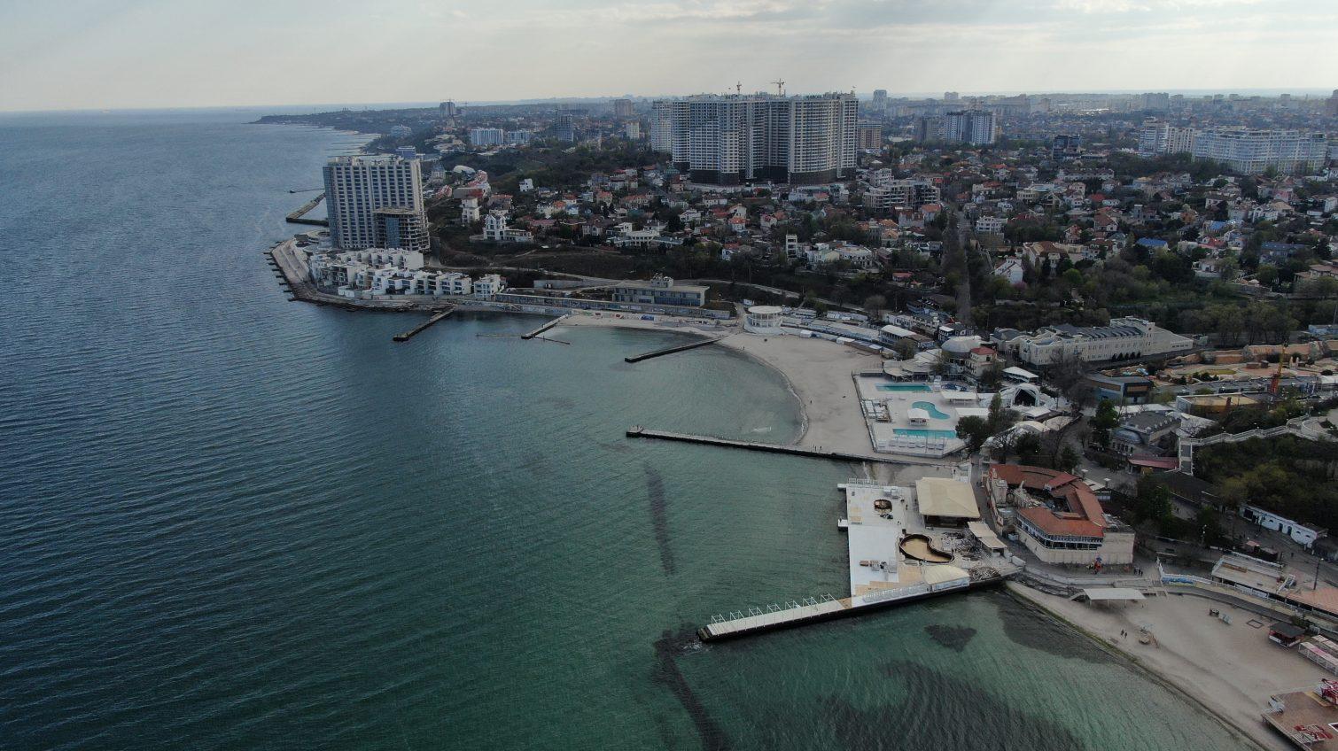 Вопреки обещаниям: как застроилось побережье за каденцию Труханова «фото»
