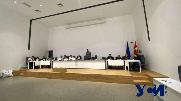 В Одесский горсовет проходят представители пяти партий «фото»