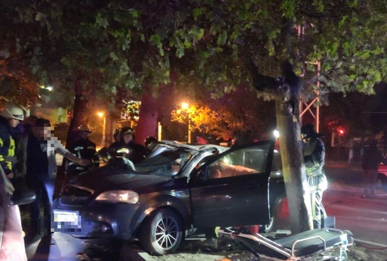 Ночью на Адмиральском произошла смертельная авария (фото) «фото»