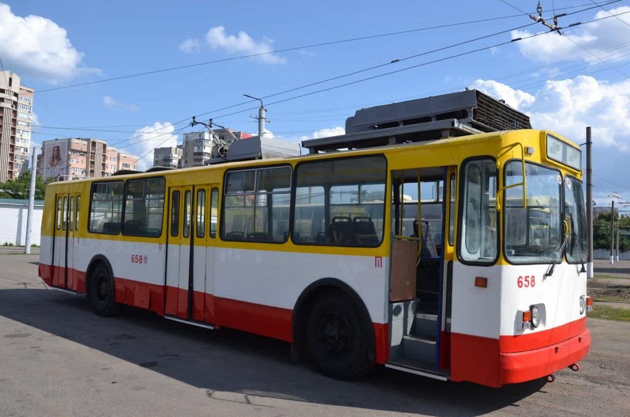 На Торговую вернули троллейбус №2 «фото»