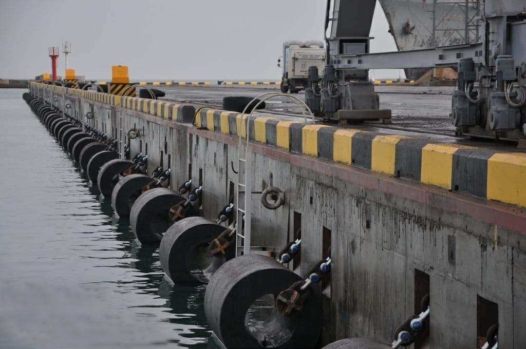 В Одесском порту достроили причал под «панамаксы», часть которого открывал президент (фото) «фото»
