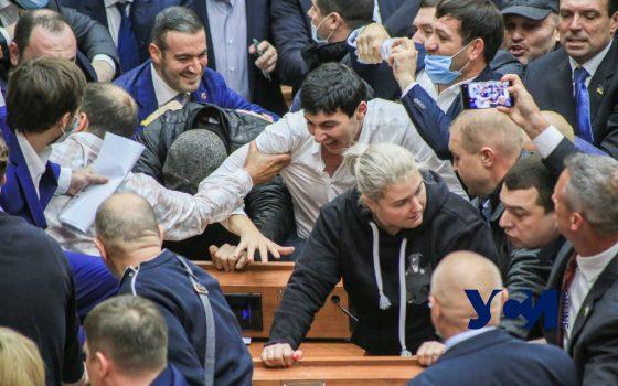 «Адская» сессия Одесского облсовета (фото) «фото»