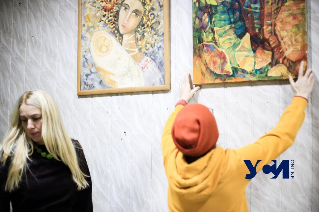 Одесские художники продают картины, чтобы купить кислородные концентраторы (фото) «фото»