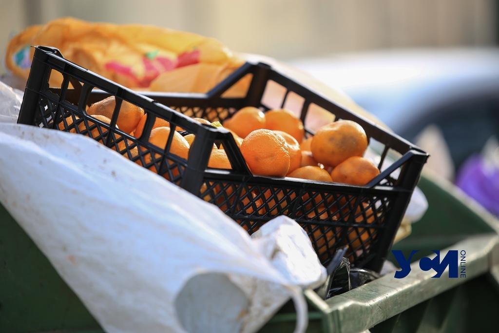 Новогоднее преступление: одессит украл с лотка ящик с мандаринами «фото»