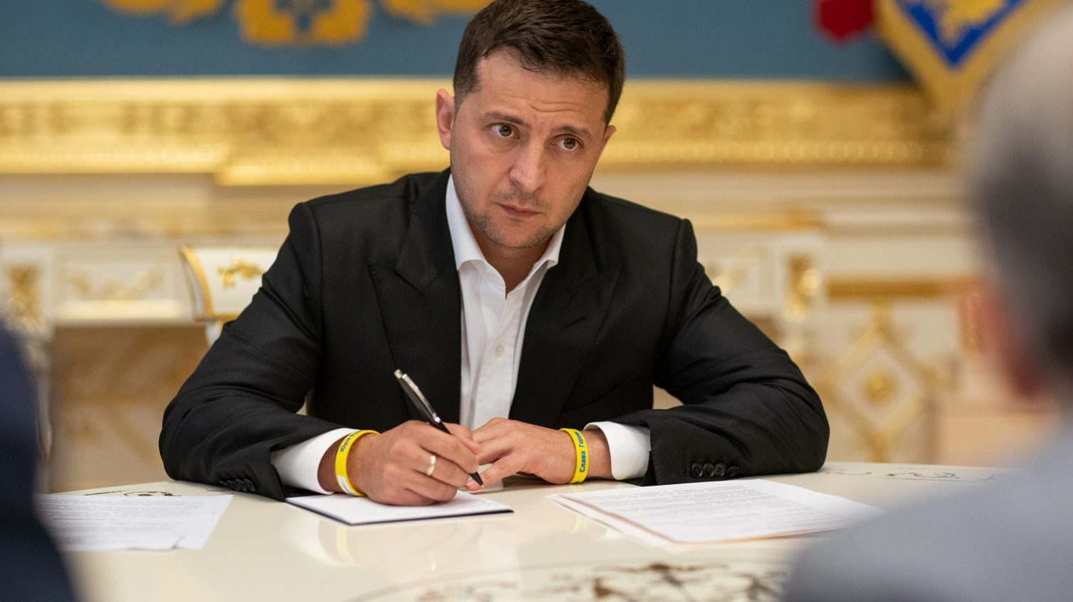 Наказание за незаконное обогащение вернули: Зеленский подписал закон «фото»