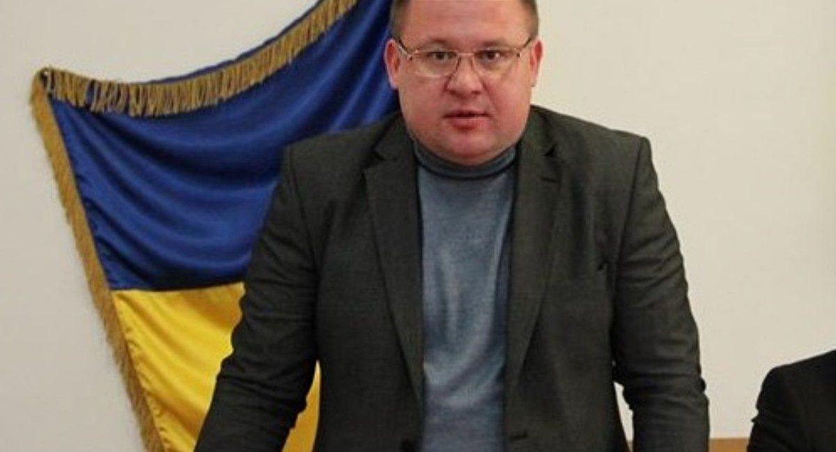 Продержался меньше года: президент уволил главу Татарбунаройской райадминистрации «фото»