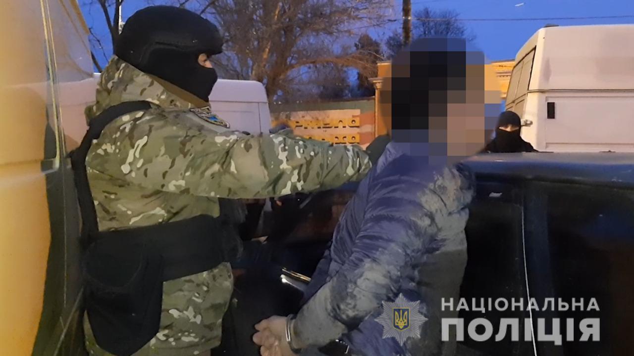 В Одессе иностранец шантажировал мужчину и обещал его убить (фото, видео) «фото»