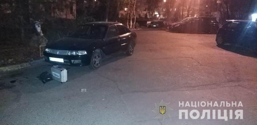 В Черноморске подростка ранили из травмата (фото) «фото»