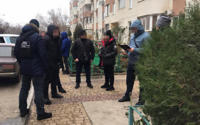 В Одессе женщину ограбили, забрав 20 тыс долл: ГБР задержало полицейского «фото»