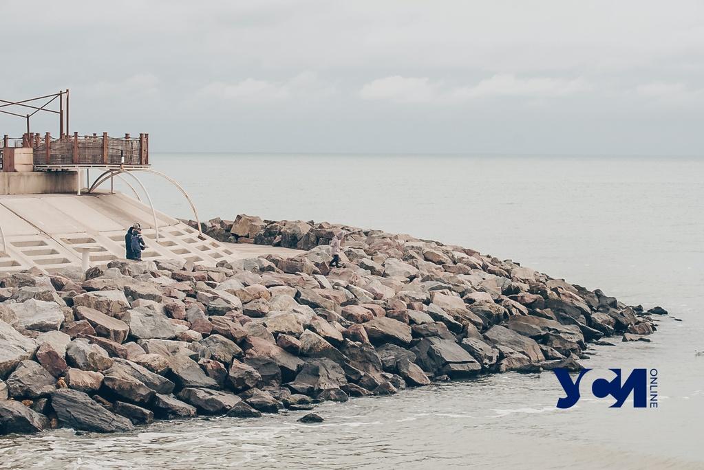 Туман, чайки и море: одесситы наслаждаются прогулкой  на Фонтанке (фото) «фото»