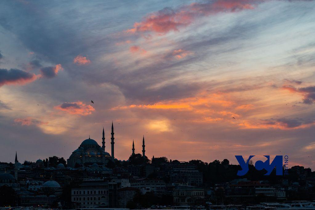 Ковид по-турецки: Как османы с короновирусом борются, или локдаун здорового общества (видео) «фото»
