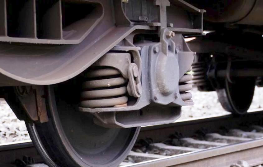 В Суворовском районе мужчина попал под поезд (фото) «фото»