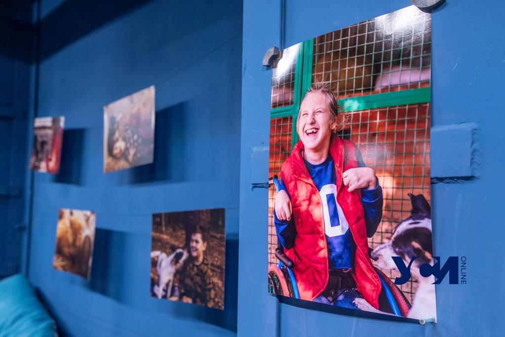 В Одессе открылась фотовыставка в поддержку людей с инвалидностью (фото) «фото»