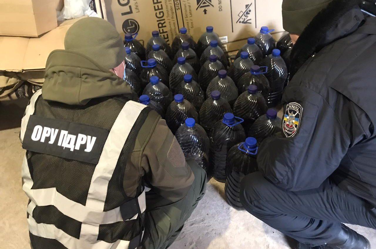 В Одесской области нашли контрабанду сигарет и алкоголя на полмиллиона (фото) «фото»
