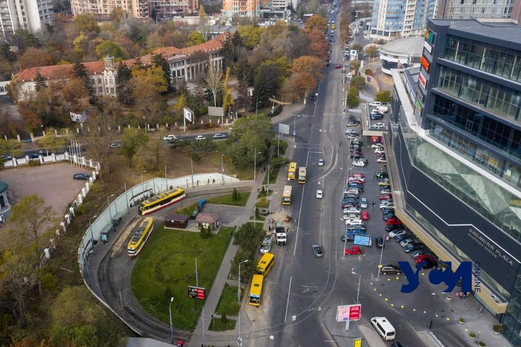 Карантин в Одессе: строительство упало на 55%, пассажирские перевозки — на 37% «фото»