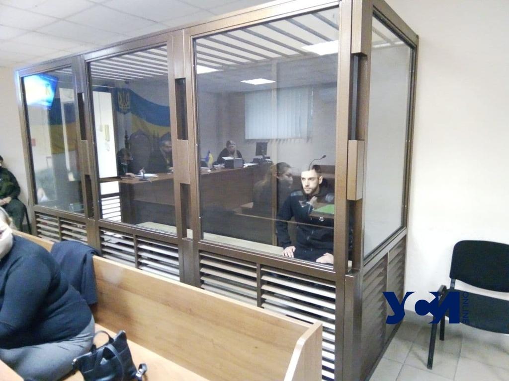 Очередное заседание по делу одессита, обезглавившего знакомую, продлилось не более 15 минут «фото»