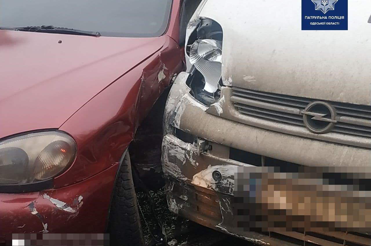 В ДТП на Николаевской дороге пострадал водитель (фото) «фото»