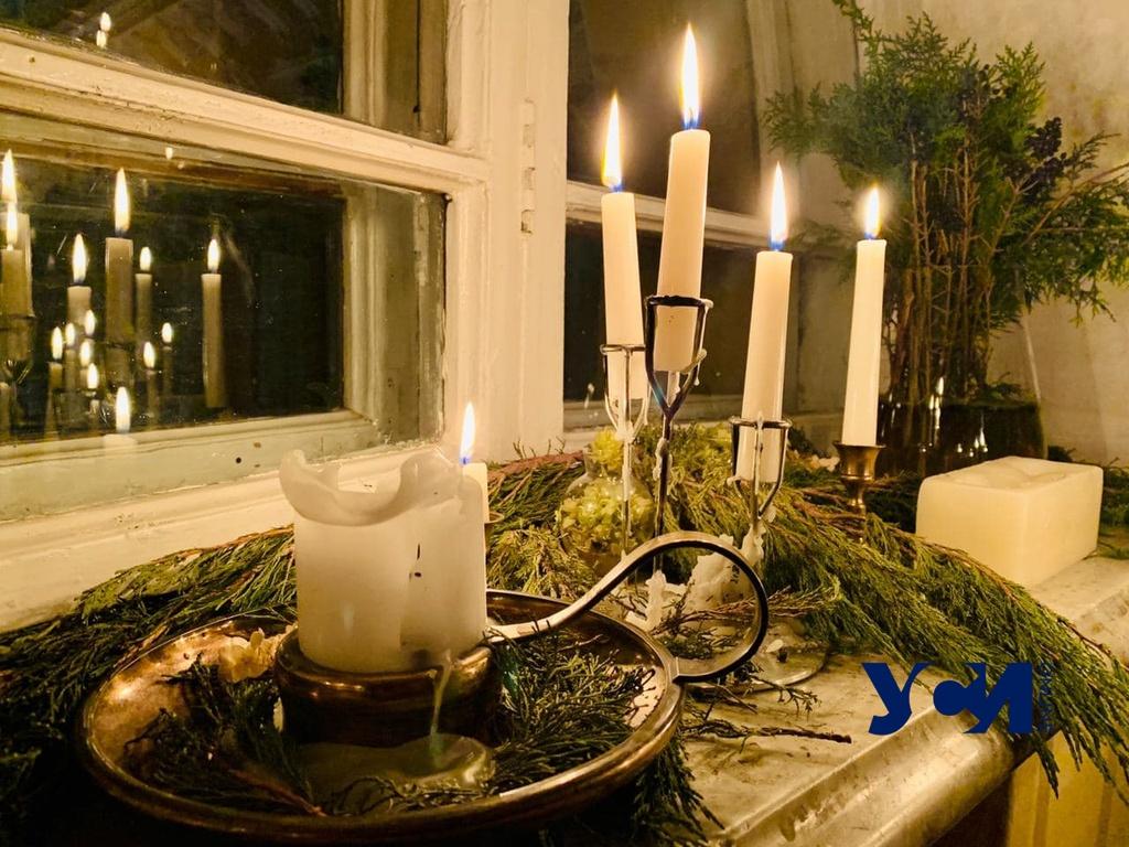 С видом на Пассаж: в Одессе прошел поэтический вечер (фото, видео) «фото»
