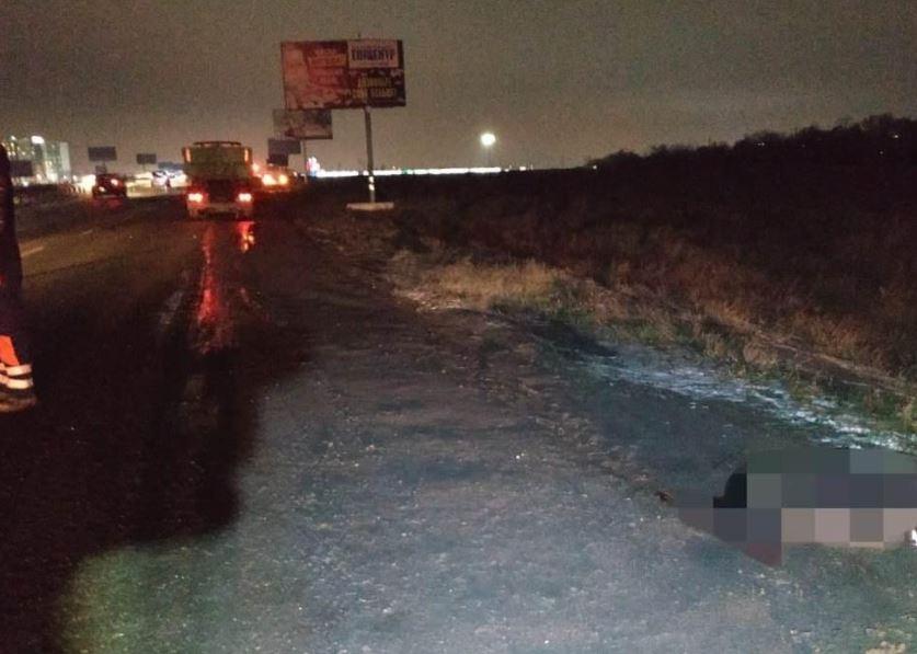 Смертельное ДТП под Одессой: грузовик сбил пешехода «фото»