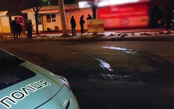 На Таирова посреди улицы убили мужчину (фото) «фото»