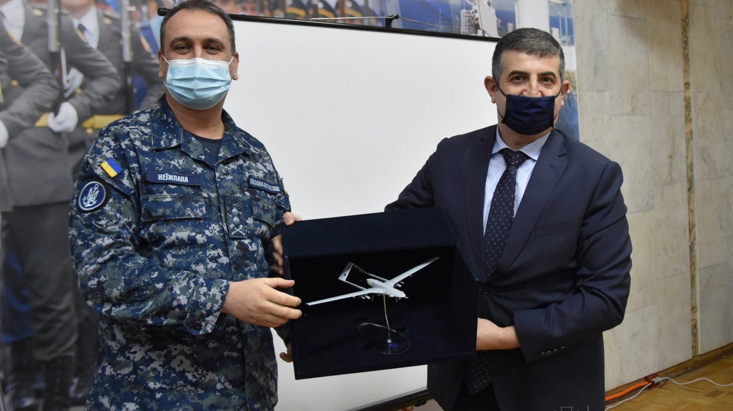 Украинские ВМС получат улучшенные турецкие беспилотники (фото) «фото»