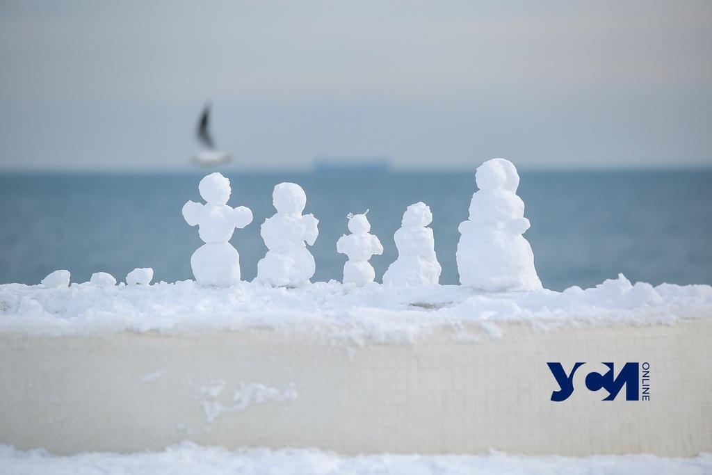 Одессу и область «захватили» снеговики (фото) «фото»